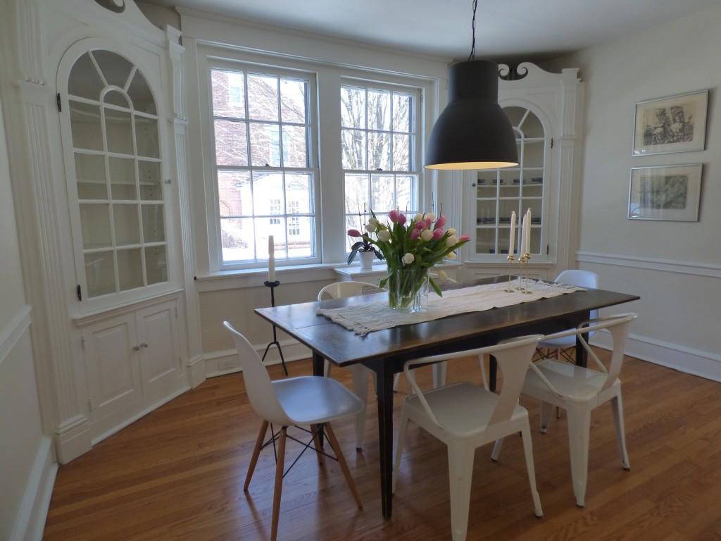 salones blancos - la mesa de centro
